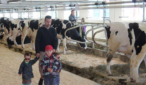 Amvpq portes ouvertes sur les fermes du qubec 14e for Porte ouverte upa